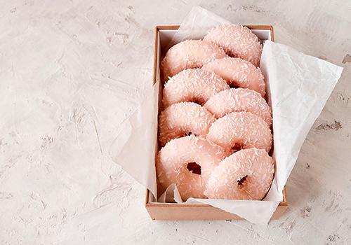 pink bakery box
