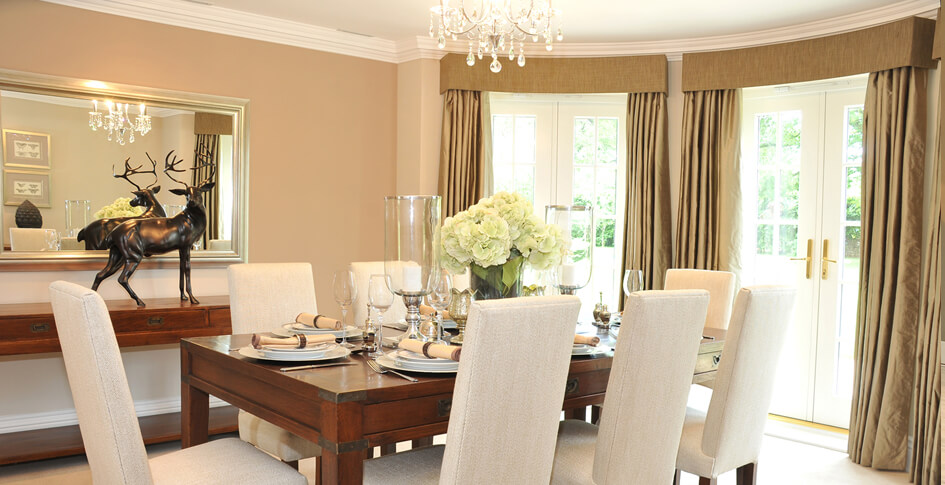 A Golden Shimmer Well Executed Dining Room Design
